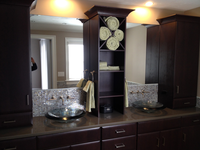 Custom mirror with tower on vanity