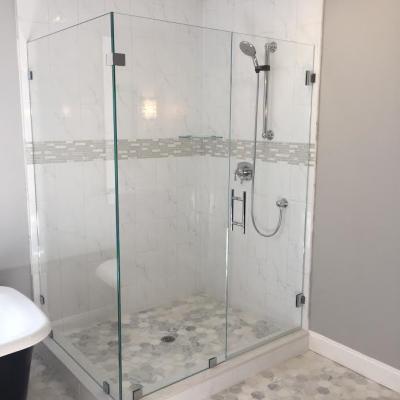 Shower Door - low iron corner